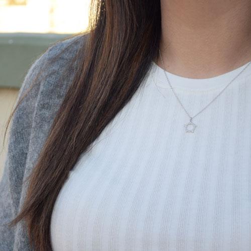 collar estrella hueca plata