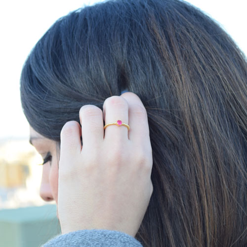 comprar anillo piedra roja
