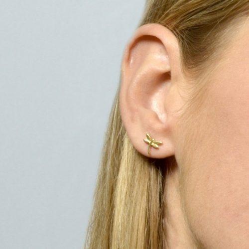 pendientes pequeños libelula en oreja